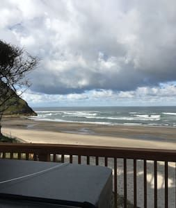 Check out this awesome listing on Airbnb: Romantic Getaway #1 - Condominiums for Rent in Neskowin