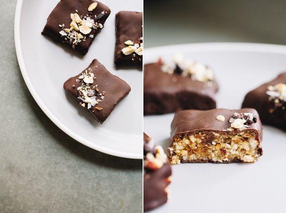 Schokoladen-Haselnuss-Kauartikel.  Sprouted Küche