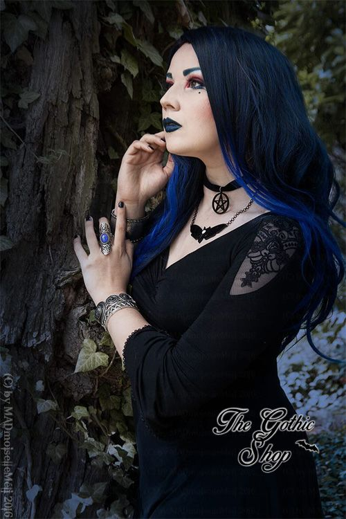 Model/MUA/Photo: MADmoiselle Méli H Dress: Punkrave , necklace: Curiology from The Gothic Shop Wig: Black Candy Fashion Welcome to Gothic and Amazing  www.gothicandamazing.com