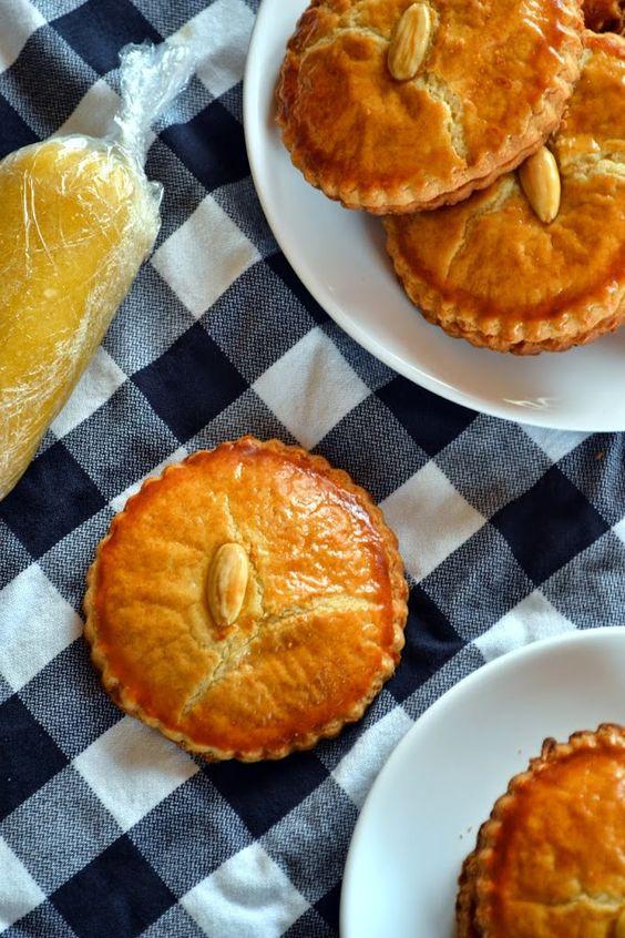 Gevulde Koek: Netherlands biscuits filled with almond paste.