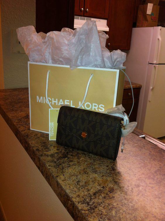 I love my new bag. #MKors #Crossbody