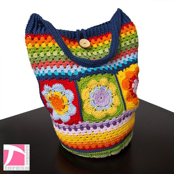 Colorful flower and striped crochet shoulder bag by TeresaNogueira, €50.00