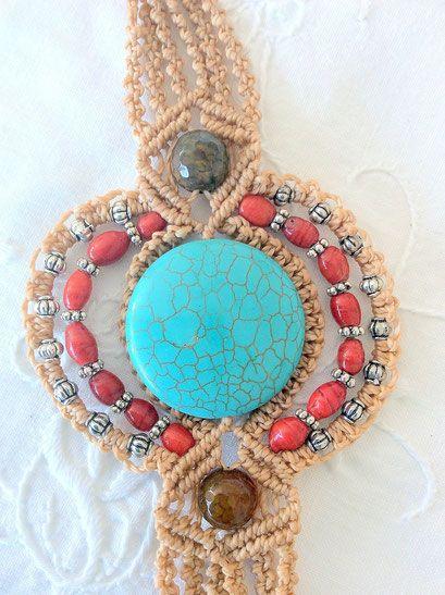 Bracciale con turchese, perline in vetro rosse e perline in argento tibetan