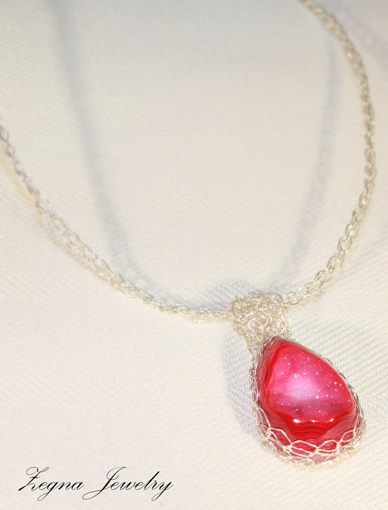 43.40 CT Hot pink onyx druzy agate pendant on a hand crocheted cable chain. Silver.