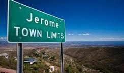 Jerome Is A Funky Charming Mountain Side Town Just A Short Drive From Phoenix Different Points Of View Trip Northern Arizona