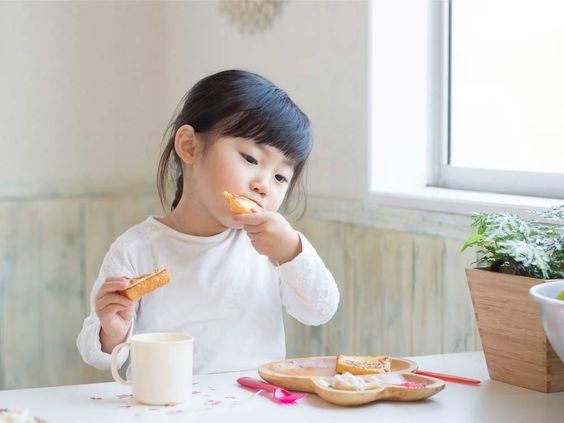 Anti-vaccin Japan heeft 's werelds laagste sterftecijfer onder kinderen en hoogste levensverwachting