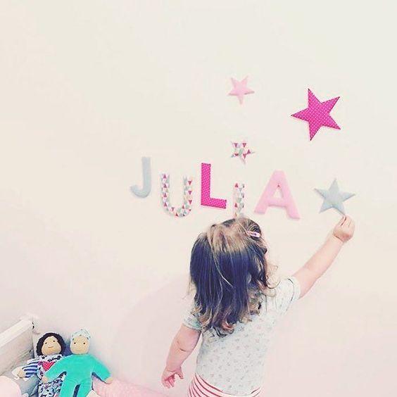 Ich habe ein wahnsinnig süßes Bild von der kleinen Julia mit meinen Stoffbuchstaben bekommen!  Dankeschöööööön @die_alpenkoenigin #stoffbuchstaben #name #namensbuchstaben #buchstaben #individuell #baby2016 #norabellahome #sterne #wallletters #doorletters #kidsroom #kinderzimmer #babyzimmer #kidsroomdecor #dawandashop #girlsroom