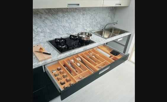 Diviseur couverts rangement pour armoires de cuisine for Accessoire de rangement de cuisine