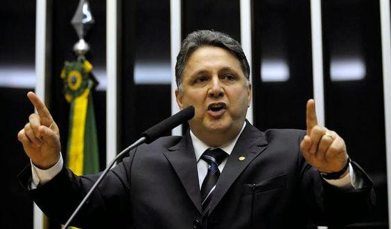 Notícias de São Pedro da Aldeia: POLÍTICA - Garotinho pede CPI Mista para investiga...