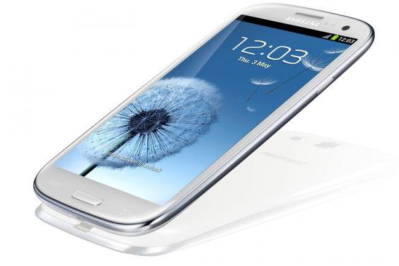 Samsung'un orta seviye akıllı telefonu Galaxy S3 Neo, Android KitKat 4.4.4 güncellemesini alan ilk cihazlardan biri oldu.