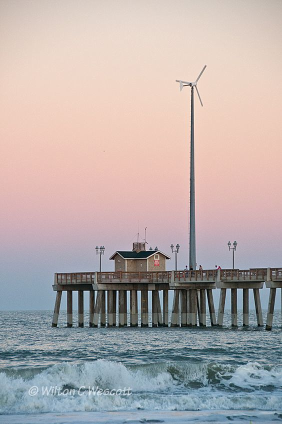 Jennette 39 s pier on the beach in nags head today obx for Jennette s fishing pier