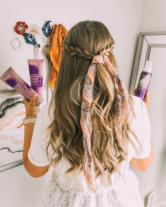 Head Scarf Bandana And Bow Hairstyle 25 Hair Ideas Vera Casagrande Bow Hairstyle Hair Styles Headband Hairstyles