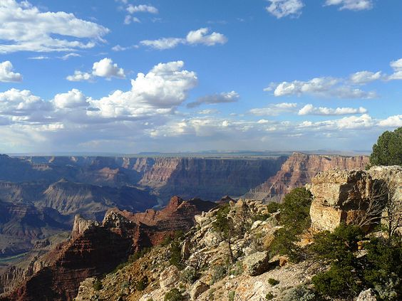 Hiking on the Colorado Plateau, Calendar Sheet May: Grand Canyon: Desert View Drive