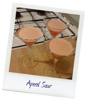 Aperol Sour Cocktail Recipe  1 cl Zuckersirup 6 cl Aperol 2 cl Orangensaft 2 cl Zitronensaft