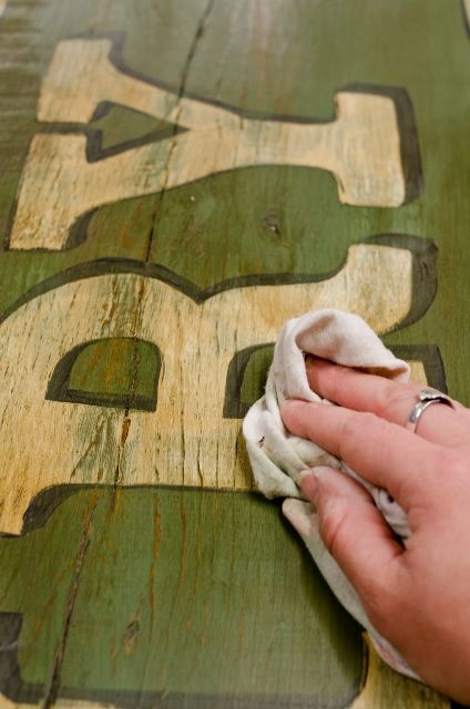 miss mustard seed | how to make an antique sign