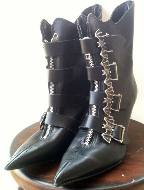 90's Leather Bat Buckle Witch Boots Size 7 by TheBlackSwanTheory, $34.00