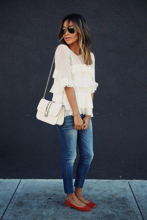 Etno Stil mit Jeans Shorts und Leder Accessoires