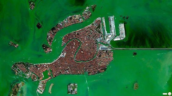 El mundo en la palma de su mano: fotos que cambiarán su percepción de la Tierra. Venecia