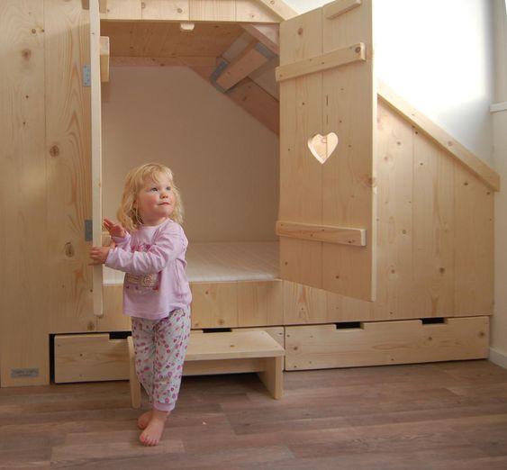 De nieuwe bedstee van Esmee van muramura.nl - kamer  Pinterest ...