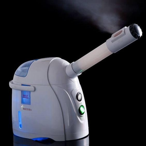 This Secura Hot and Cool Facial Steamer review looks at the pros and cons of this awesome face steamer with ultra-fine mist that's an effective treatment.
