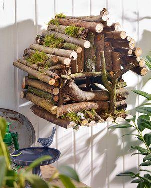 Vogelhaus aus Astwerk basteln: