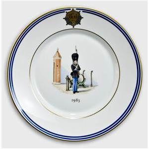Royal Copenhagen Memorial plate, Uniforms of the Royal Life Guard 1983