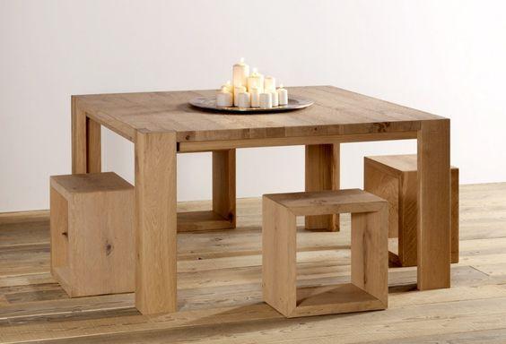 Tavolo quadrato in legno massello