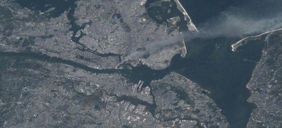 El ataque a las Torres Gemelas visto desde el espacio