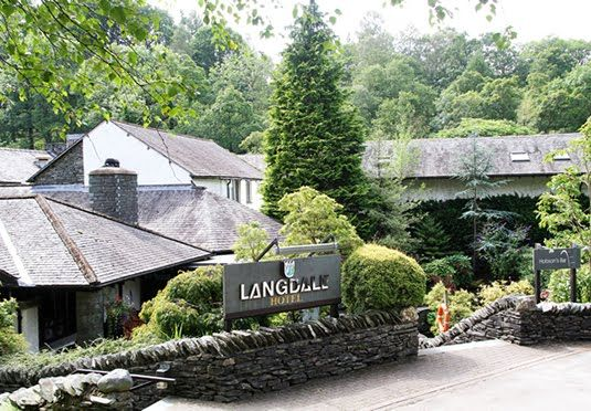 Luxurious Lake District retreat with high-end spa and AA-rosette-awarded restaurant, including breakfast and use of leisure facilities