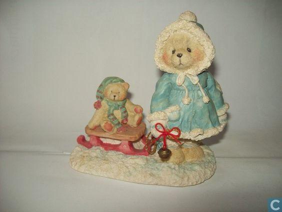 Beeldje / Figure - Beeldjes - A special friend warms the season