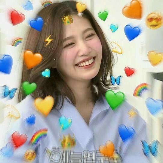 Pinterest Chaiyunki Red Velvet Joy Heart Meme Red Velvet