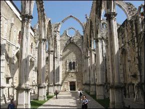 largo do carmo em lisboa - Pesquisa Google CARMO CHURCH & CONVENT RUINS (Ruinas do Convento do Carmo), Lisbon www.golisbon.com290 × 218Pesquisar por imagens Carmo Convent ruins