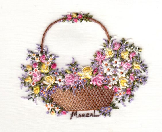 """""""Cesto de Flores"""" de Pilar Marzal, linha de seda, 8 x 8 cm.  Ref No.: 531"""