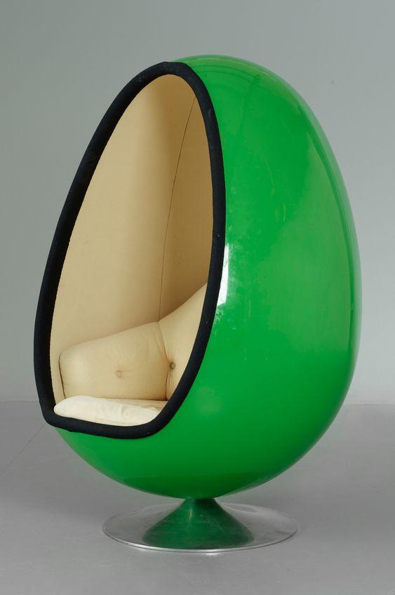 Henrik thor larsen f t lj ovalia f r torlan for 70s egg chair