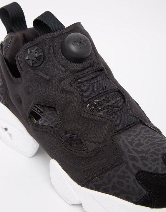 Reebok   Reebook – Instapump Fury Gallery – Schwarze Sneakers bei ASOS