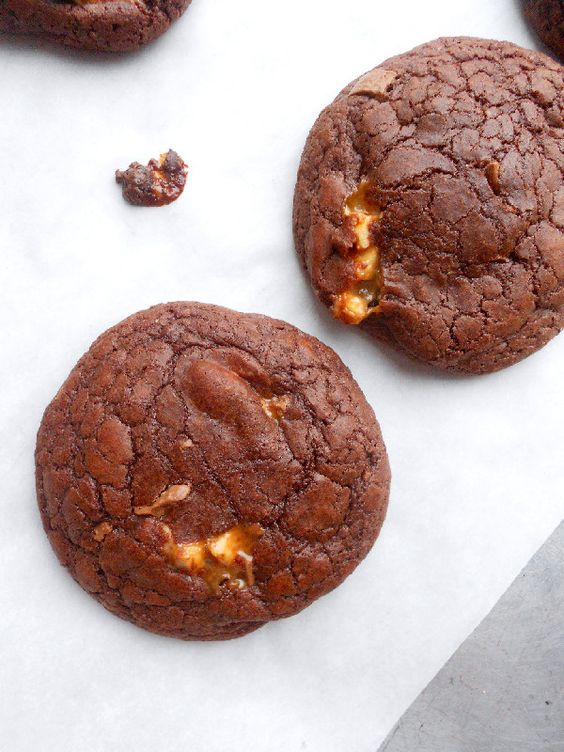 Culinary Couture: Snickers brownie cookies