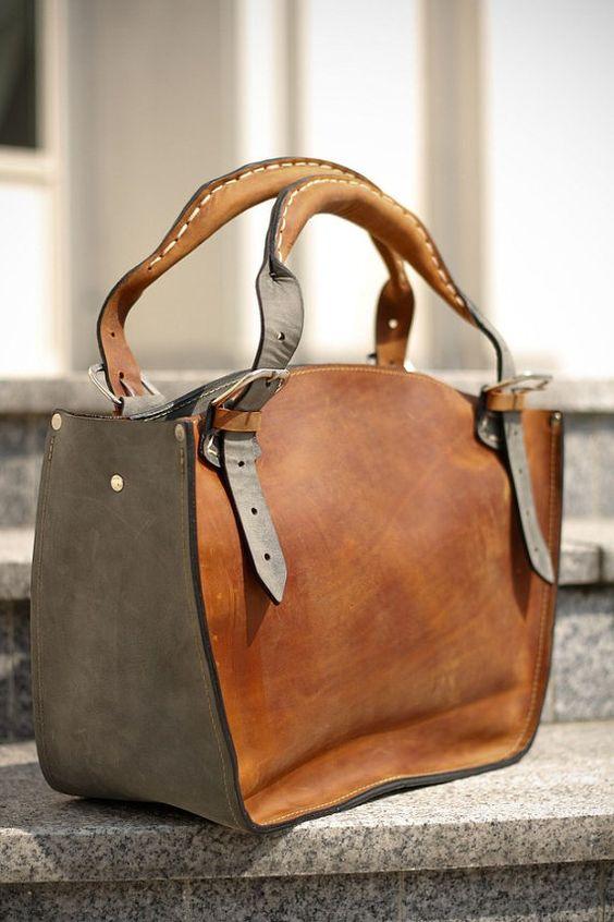 Leather Shoulder Bag with Clutch Set ladybuq art design por ladybuq