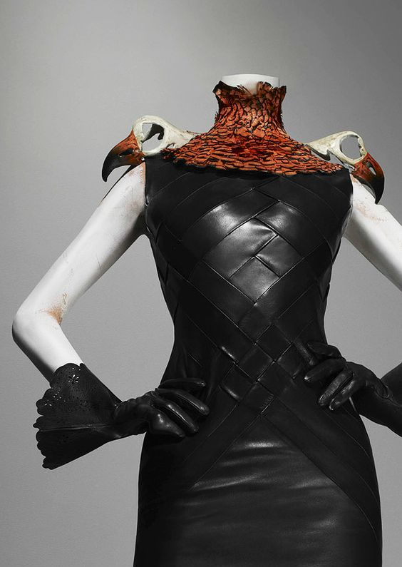 Alexander McQueen's Savage Beauty: Ensemble, Eclect Dissect, autumn/winter 1997–98