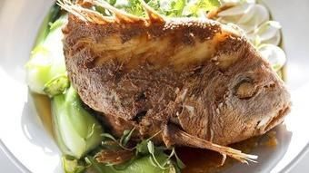 Jonathan Gold | Restaurant review: Fishing With Dynamite blows away seafood lovers