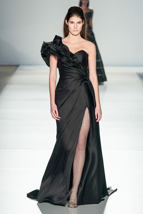 Ralph & Russo Haute Couture Printemps-Été 2020 - Défilé | Vogue Paris