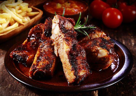 Έρχεται Τσικνοπέμπτη! Tips για να ετοιμάσεις ένα ζουμερό και μαλακό κρέας. Plus: Special συνταγές - Tlife.gr