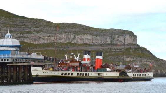The Waverley paddle steamer at Llandudno Pier by Dennis Oliver