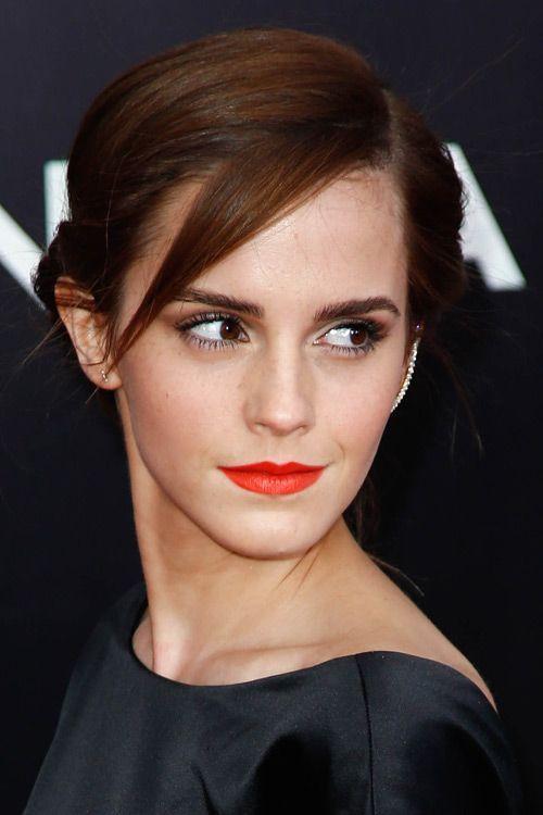 Emma Watson Short Hair In 2020 Emma Watson Short Hair Emma Watson Hair Emma Watson Hair Color