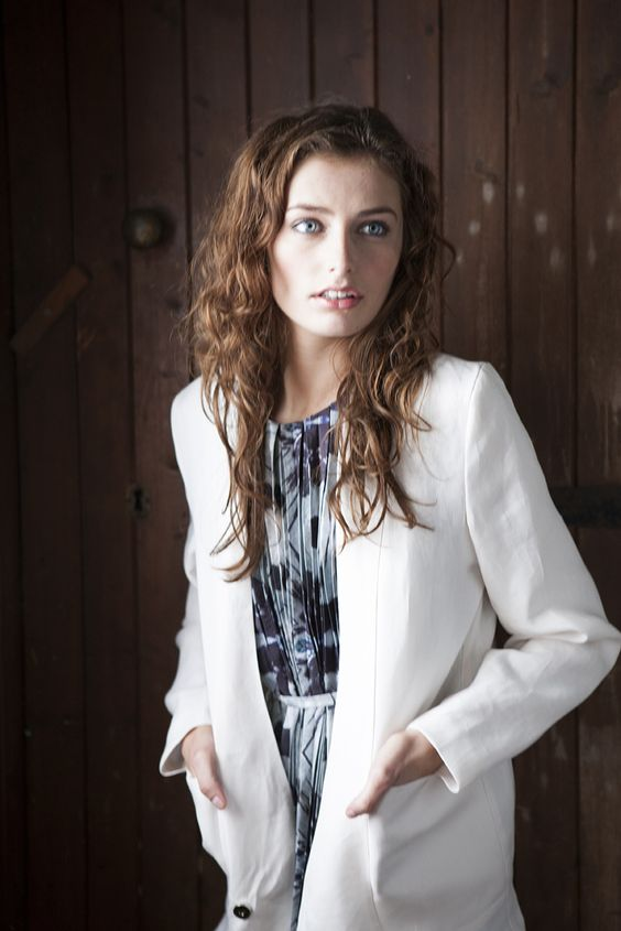 Sofly Tailored Evie Linen Jacket