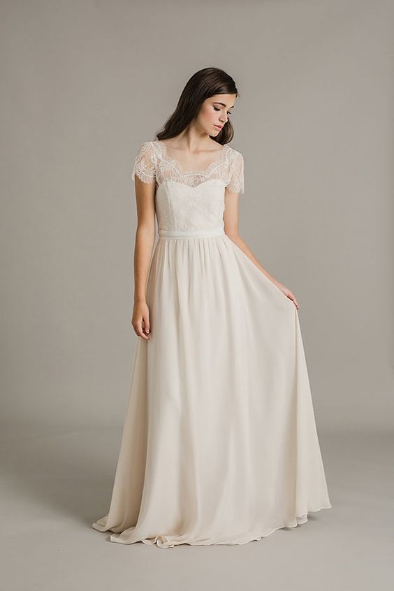 soft & sweet bridal gown   SALLY EAGLE 2017 COLLECTION