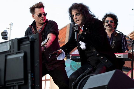 From the Hollywood Vampires show at Grona Lund. Photo by E. Andersson.