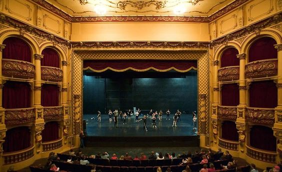 Listen closely inside the St. James and you may hear the boys choir that performed here during World War II, then disappeared at sea. Stagehands have searchecd for the source of the mysterious singing to no avail. (From: Photos: 10 Haunted Theaters)
