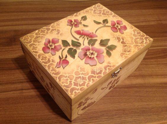 Caixa multi uso em mdf decorado com stencil caixas - Pintura para decoupage ...