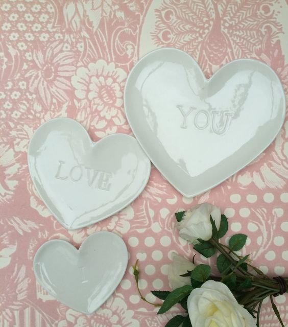 Set of 3 heart dishes £15.95 inc postage.