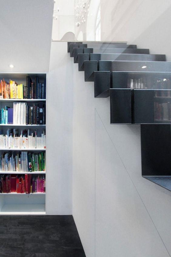 Leicht-filigrane Treppen modern Schwarz-weiß Innentreppe - ideen moderne designtreppen individuellen wohnstil